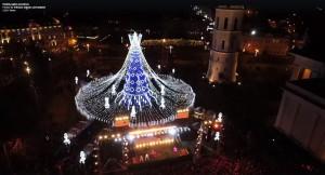 2019.12.02 Kalėdų eglutė Vilniuje. Papuošimo darbai (4)